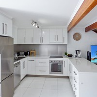 https://assets.boxdice.com.au/laguna/rental_listings/501/d9abd2fc.jpg?crop=200x200