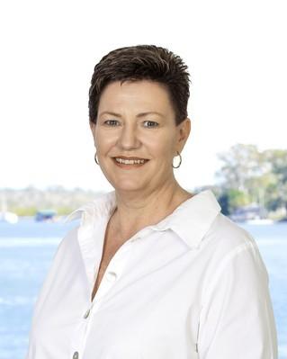 Glenda McKenzie