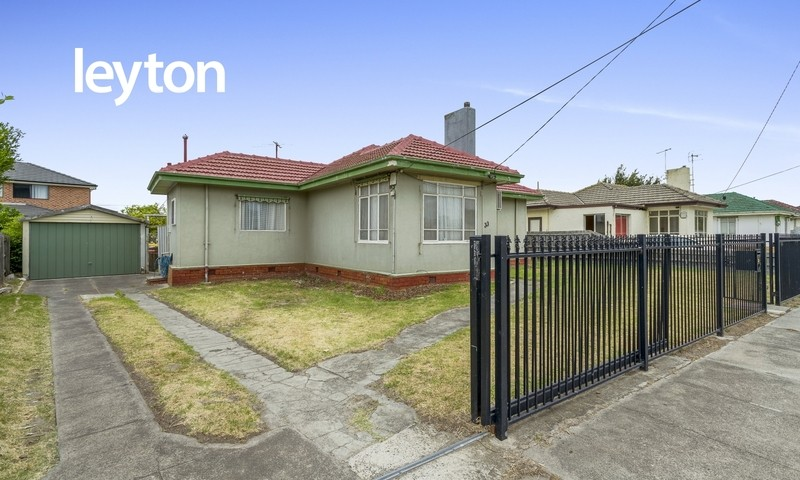 https://assets.boxdice.com.au/leyton_re/listings/2037/8a399320.jpg?crop=800x480