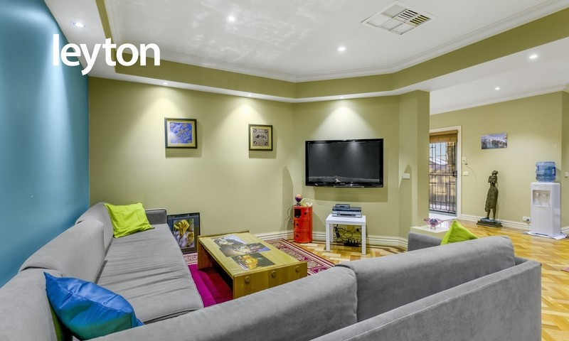 https://assets.boxdice.com.au/leyton_re/listings/560/a25069ac.jpg?crop=800x480