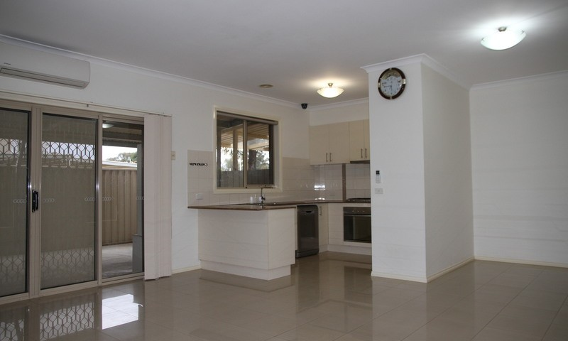 https://assets.boxdice.com.au/leyton_re/rental_listings/363/33202c30.jpg?crop=800x480
