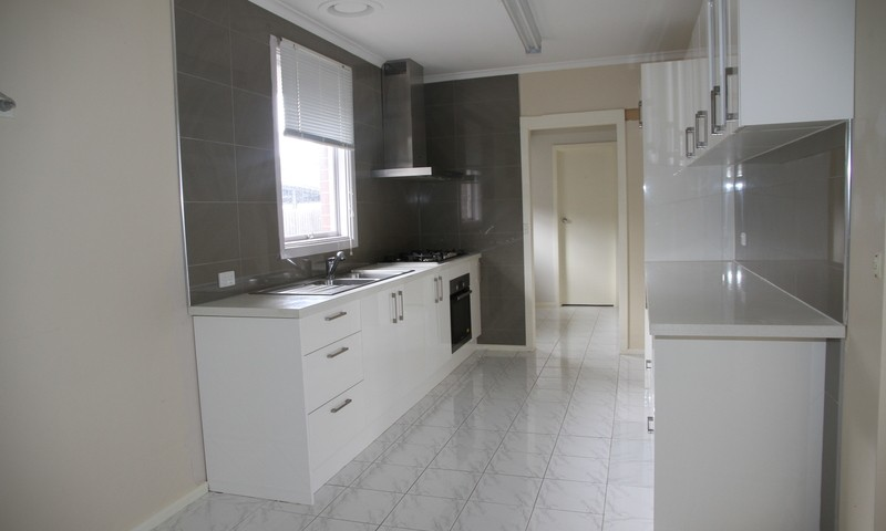 https://assets.boxdice.com.au/leyton_re/rental_listings/437/ecebf536.jpg?crop=800x480