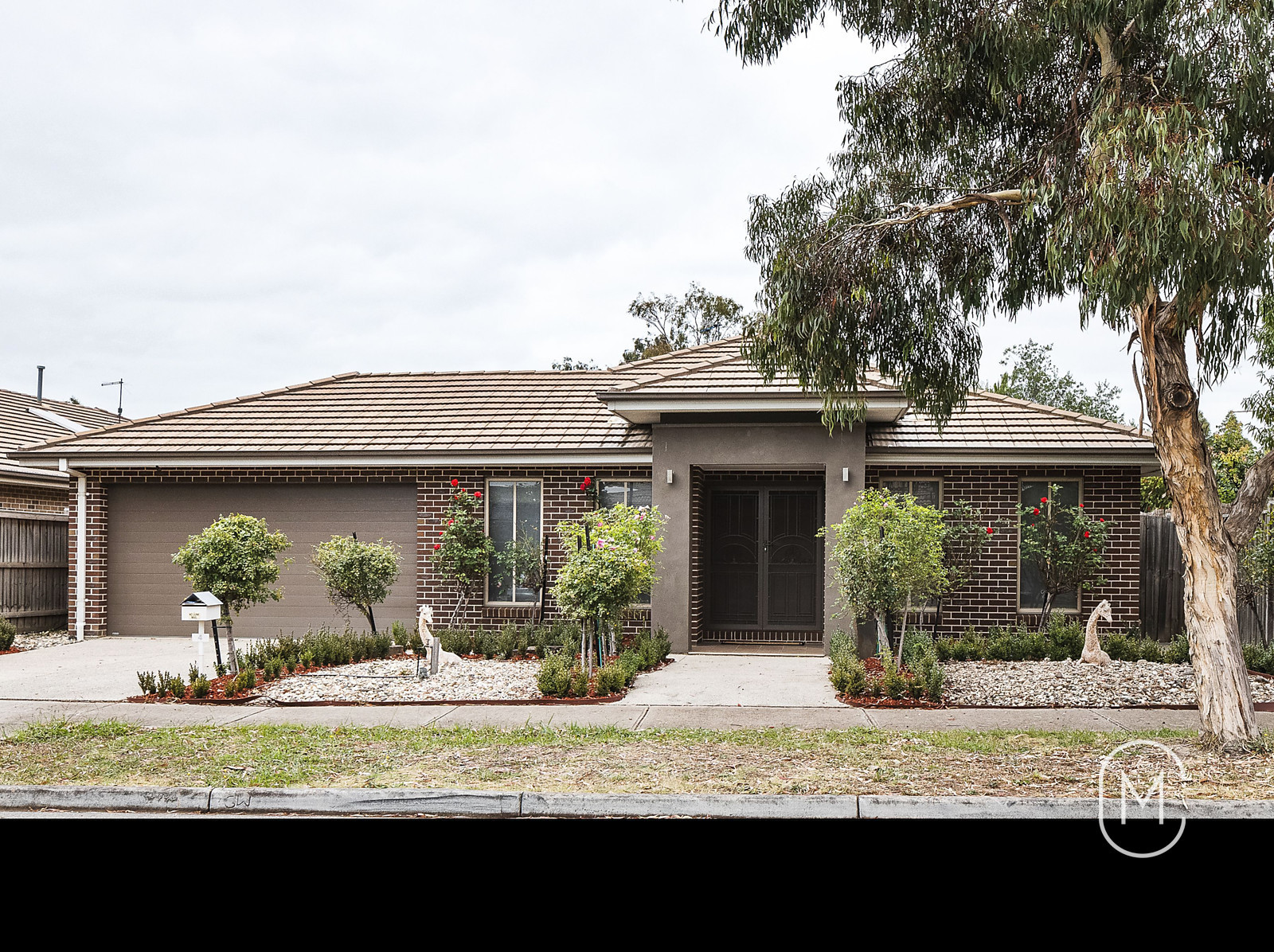 4 Somerfield Place, DOREEN 3754
