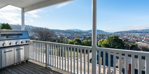 33a Easther Crescent, Dunedin