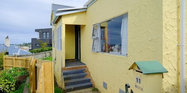 11 Elm Row, Dunedin