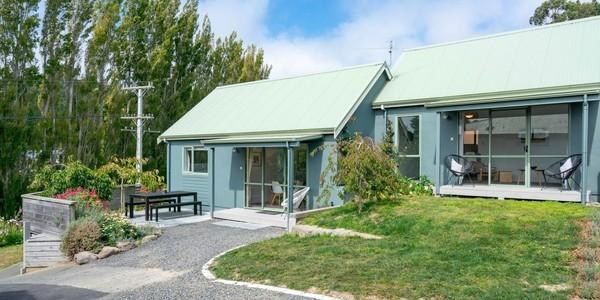 8 Allans Beach Road, Dunedin