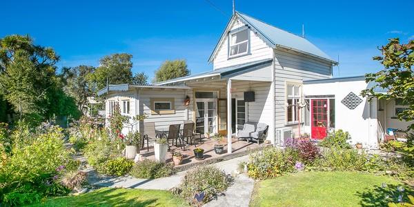 37 Bay Road, Dunedin