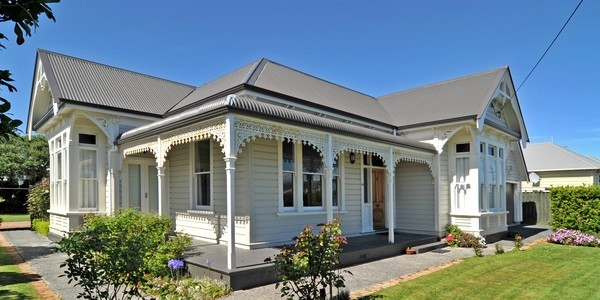 73 Royal Crescent, Dunedin