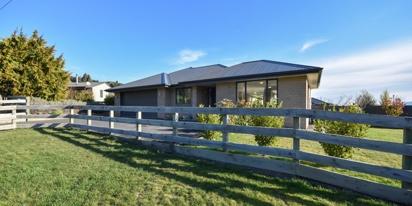 7 Puddle Alley, Mosgiel