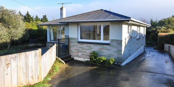 223 Pine Hill Road, Dunedin