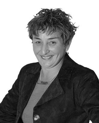Suzanne Kloogh