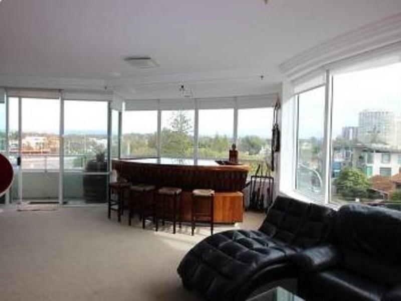 11/3 Tedder Avenue, Main Beach Residential Apartment