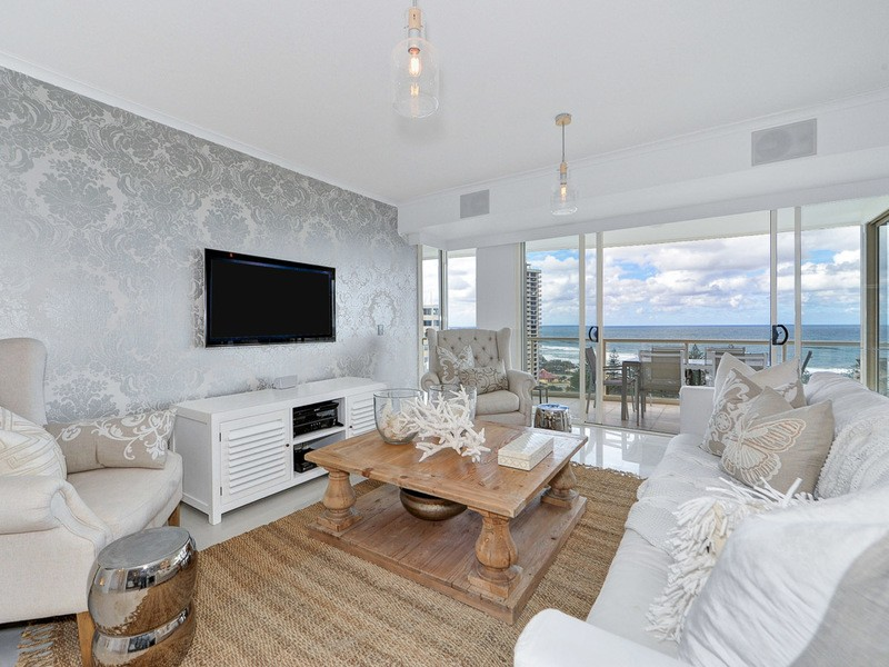 1153/1 Lennie Avenue, Main Beach Residential Apartment