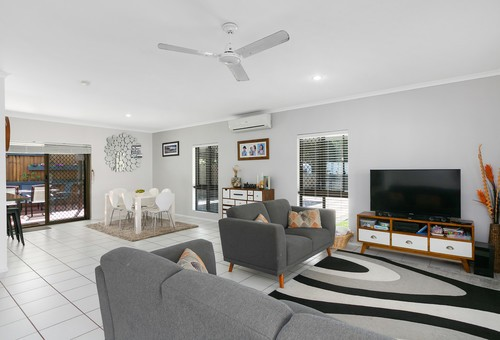 86 Baronia Crescent, Holloways Beach