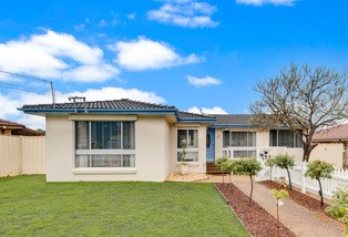 35 Oag Crescent, Kingswood