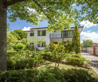 100 La Perouse Street, Griffith