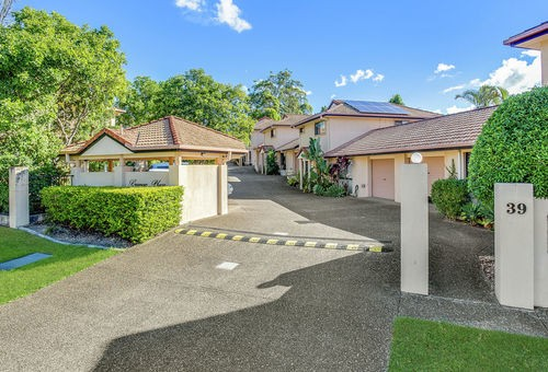 7/39 Pine Valley Drive, Robina