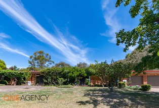 8 Don Peters Place, Clifton Grove
