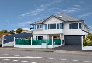 35 Main Road, Titahi Bay
