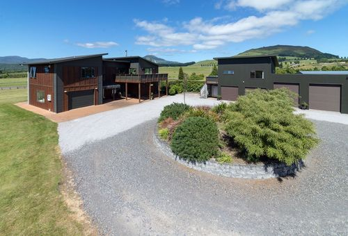12 River Park Drive, Taupo