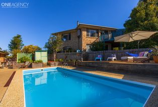 2 Fairview Place, Mollymook