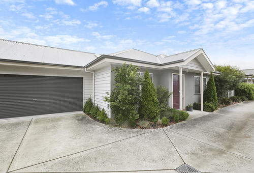 3/54 Hart Street, Colac