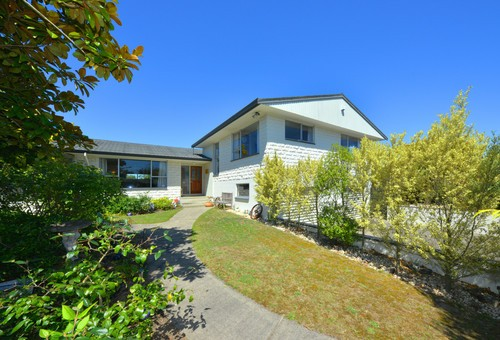 20 Woodstock Place, Russley