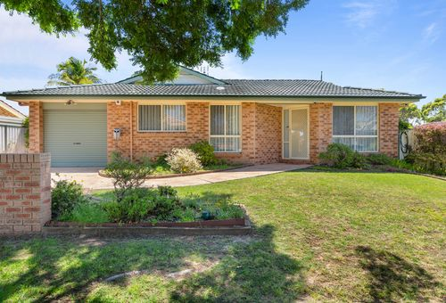 26 Bromley Court, Lake Haven