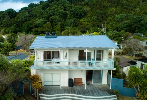 Te Puru, address available on request