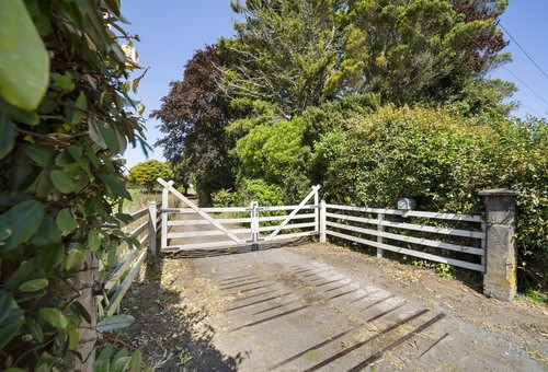 4413 Mountain Road, New Plymouth