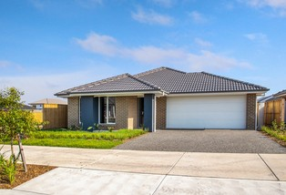 95 Dragonfly Drive, Chisholm