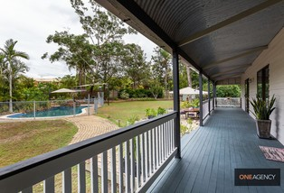 76 College Road, Karana Downs