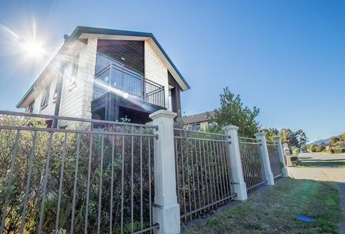 17 Bluewater Place, Paraparaumu