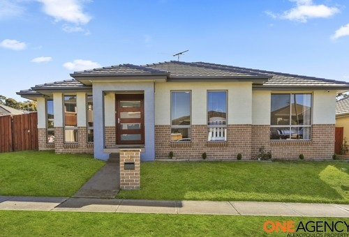 24 Broadbent Avenue, Middleton Grange