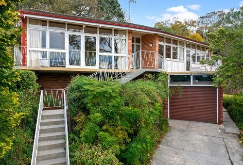290B Eastern Valley Way, Middle Cove