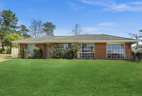9 Usher Close, Abbotsbury