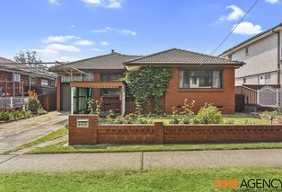 147 Avoca Road, Canley Heights