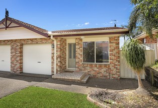 2/7 Corunna Crescent, Flinders