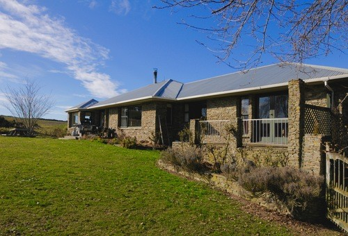 392 Island Stream Road, WAITAKI