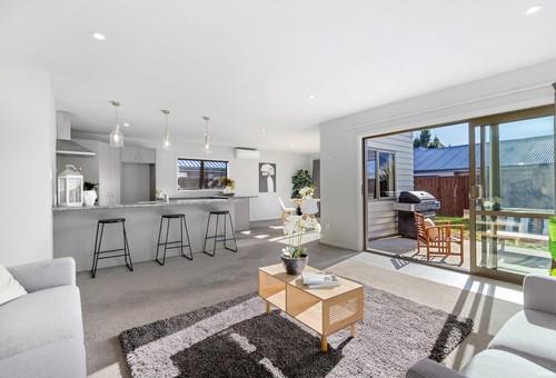 15 Banbury Terrace, Lower Shotover