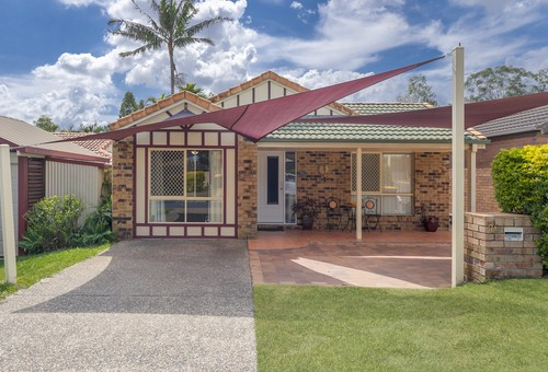 26 Clarendon Cct, Forest Lake