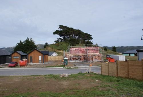 24 Queen Charlotte Drive, Aotea