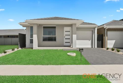 207A Village Circuit, Gregory Hills