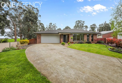 14 Waters Edge Place, Drouin
