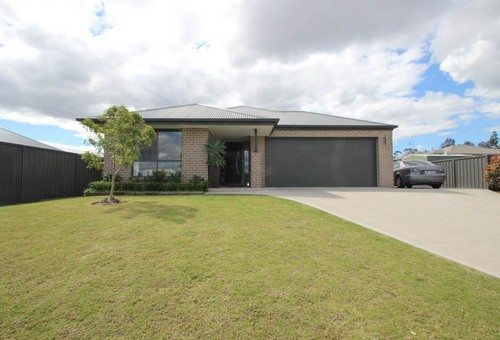 35 Nowlan Crescent, Singleton Heights