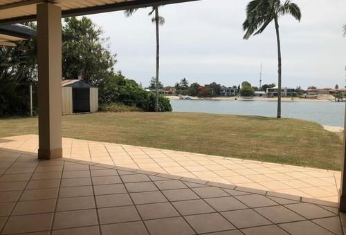 88 Mallawa Drive, Palm Beach