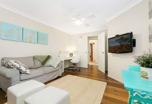 Flat/5a Pildra Place, Frenchs Forest
