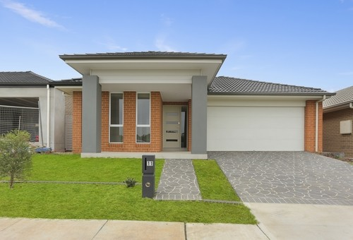 11 Cain Avenue, Gregory Hills
