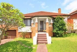 7 Henley Avenue, Wollongong