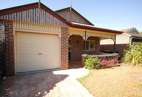 8 Barrier Place, Forest Lake